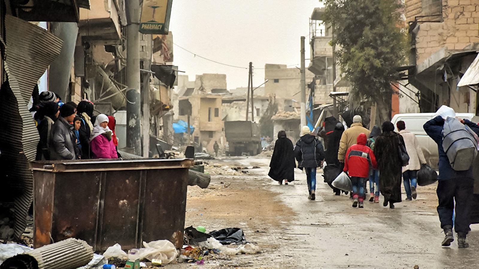 00-syria-aleppo-refugees-041216