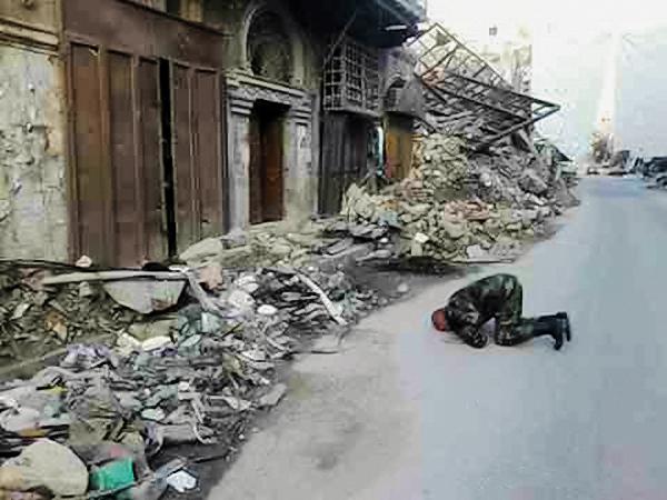 00-syrian-soldier-101216