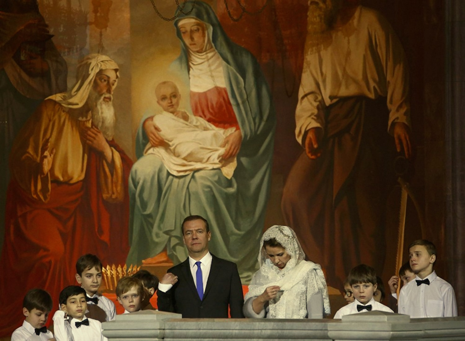 00-russian-orthodox-christmas-08-medvedev-080117